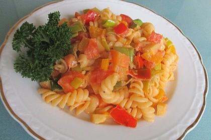 Gemüse-Nudel-Pfanne