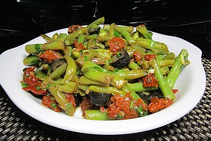 Grüner Bohnensalat mit getrockneten Tomaten 3