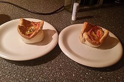 Gebackene Toast-Muffins mit Ei und Speck 59