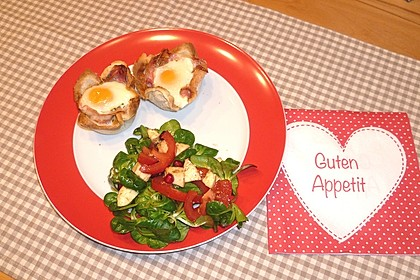 Gebackene Toast-Muffins mit Ei und Speck 49