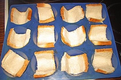 Gebackene Toast-Muffins mit Ei und Speck 65