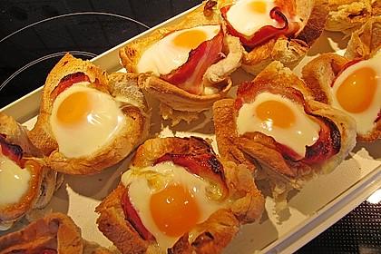 Gebackene Toast-Muffins mit Ei und Speck 14