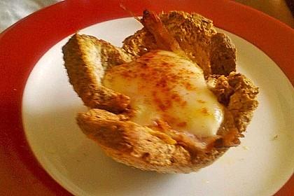 Gebackene Toast-Muffins mit Ei und Speck 63