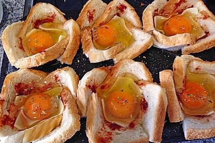 Gebackene Toast-Muffins mit Ei und Speck 39