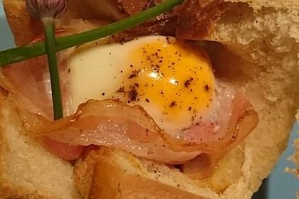 Gebackene Toast-Muffins mit Ei und Speck 22