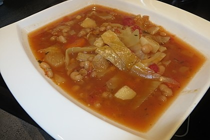 Toskanische Bohnensuppe mit Kohl 1