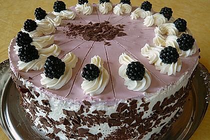 Brombeer-Wein-Torte