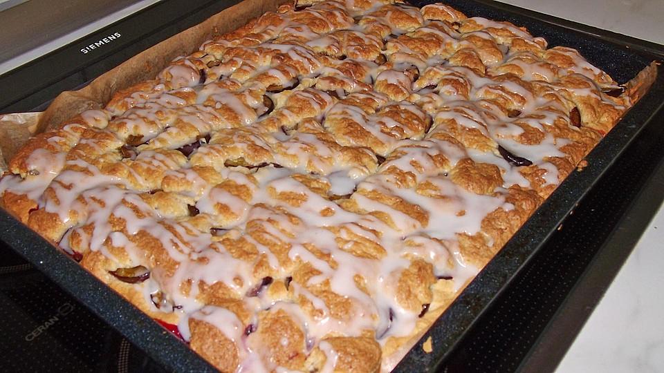 Zwetschgen Blechkuchen Nach Papas Art Von Cookilooki Chefkoch De