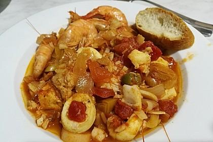 Katalanischer Meeresfrüchte-Topf 3
