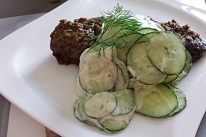 Gratinierte irische Steaks mit Gurkensalat 4
