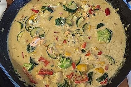 Fisch-Gemüse-Pfanne mit Kokosmilch, Low carb 35