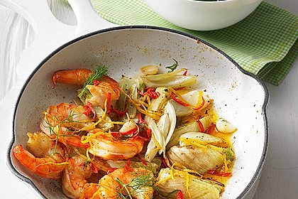 Garnelen-Fenchel-Pfanne mit Buttermilchsalat