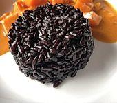 Schwarzer Reis als Beilage (Bild)
