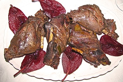 Wildhasenkeulen in Rotweinsoße