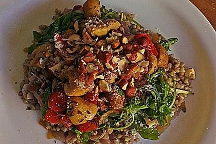 """Buchweizen """"Risotto"""" mit Rucola und Zwiebel-Champignon-Gemüse 2"""