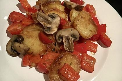 Mediterrane Kartoffelpfanne (Bild)
