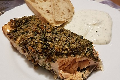 Lachs mit Parmesan-Kräuter-Walnuss-Kruste 49