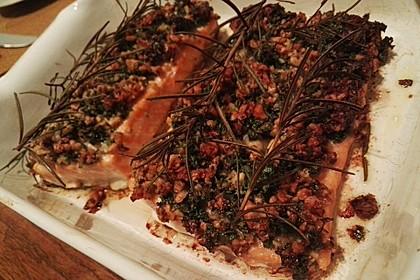 Lachs mit Parmesan-Kräuter-Walnuss-Kruste 68