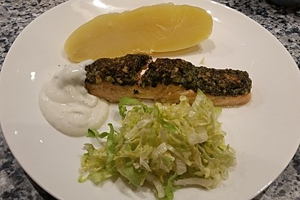 Lachs mit Parmesan-Kräuter-Walnuss-Kruste 67