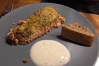 Lachs mit Parmesan-Kräuter-Walnuss-Kruste 59