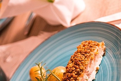 Lachs mit Parmesan-Kräuter-Walnuss-Kruste 1