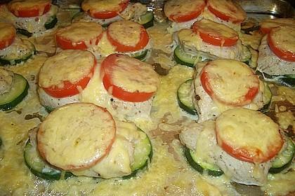 Putenschnitzel mit Gemüse überbacken