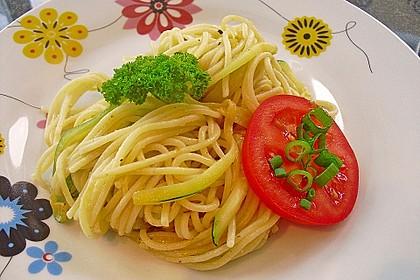 Schnelle Zucchinispagetti 3