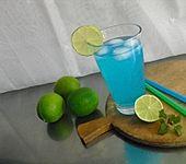 Blauer Kapitän-Cocktail (Bild)