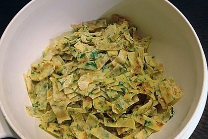 Schwäbische Kräuterflädle - Suppe 12