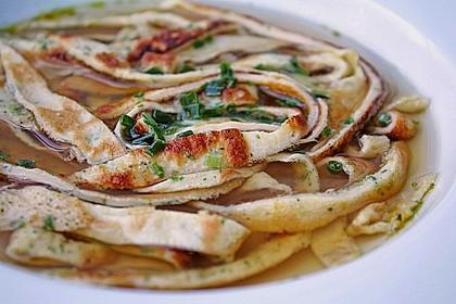 Schwäbische Kräuterflädle - Suppe