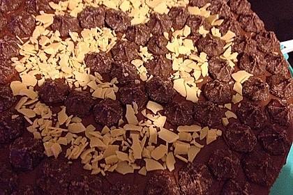 Schokoladentorte mit Schokoladenbuttercreme 3