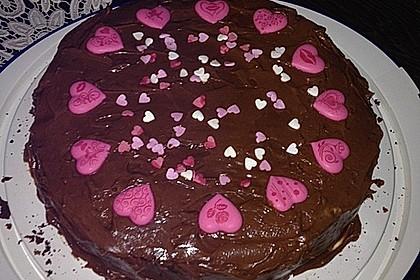 Schokoladentorte mit Schokoladenbuttercreme 4