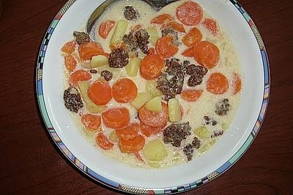Kartoffel-Hackfleisch-Topf mit Schmand und Möhren 17