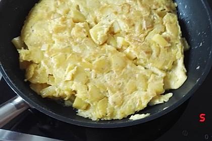 Traditionelle spanische Tortilla 28