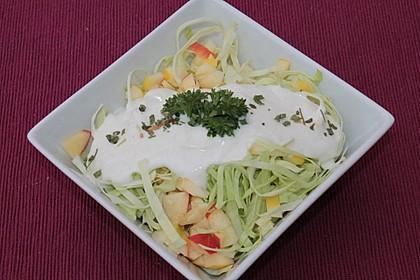 Spitzkohl-Apfel-Salat 1