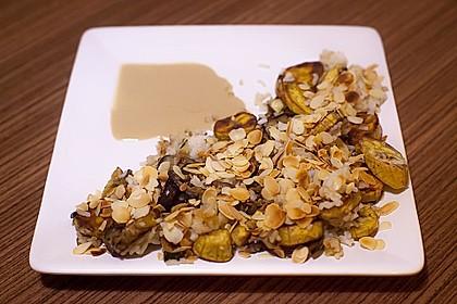 Kochbananen mit Kokosreis
