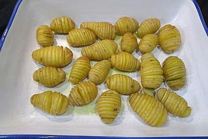 Hasselback-Kartoffeln 10