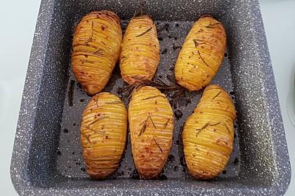 Hasselback-Kartoffeln 9
