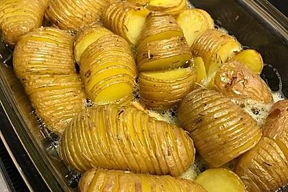 Hasselback-Kartoffeln 7