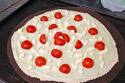 Tomaten-Mozzarella-Flammkuchen 37
