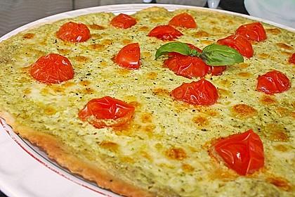 Tomaten-Mozzarella-Flammkuchen 1