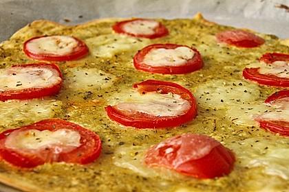 Tomaten-Mozzarella-Flammkuchen 14