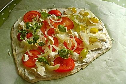 Tomaten-Mozzarella-Flammkuchen 35