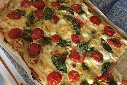 Tomaten-Mozzarella-Flammkuchen 27