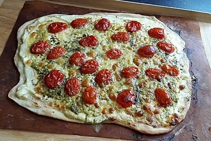 Tomaten-Mozzarella-Flammkuchen 30