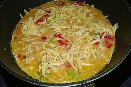 Rührei mit Tomaten und Käse 2