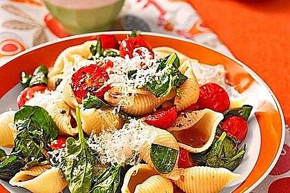 Tomaten-Spinat-Pasta