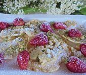 Gebackene Holunderblüten (Bild)
