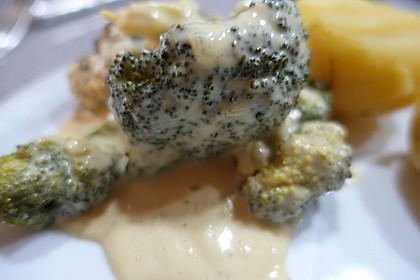 Brokkoli mit Parmesan-Senf-Sauce 8