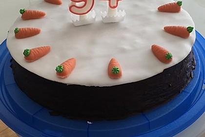 Möhren-Nuss-Kuchen 13